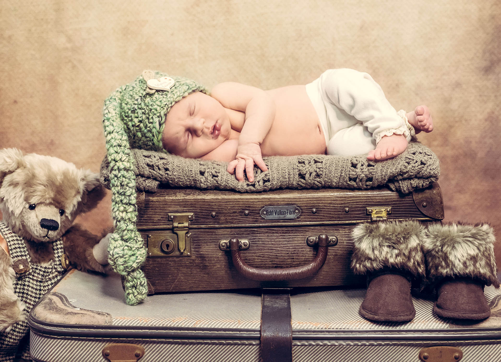 Photo Sterner Newborn Header